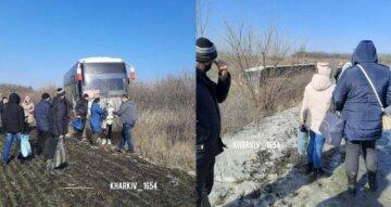 Відмовили гальма: на Харківщині автобус, забитий пасажирами, злетів у кювет, фото