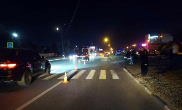 """Трагедия произошла на Салтовке, фото с места событий: """"водитель не заметил"""""""