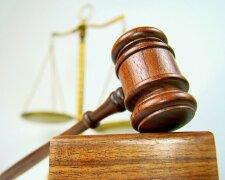 Сорванный отпуск: с кем судиться за задержку выдачи загранпаспорта