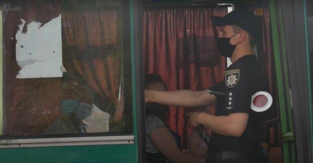 автобус маршрутка транспорт карантин пассажиры полиция