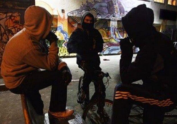 """Малолітня банда залишає пенсіонерів без грошей на Одещині: """"один дзвінок і ..."""""""