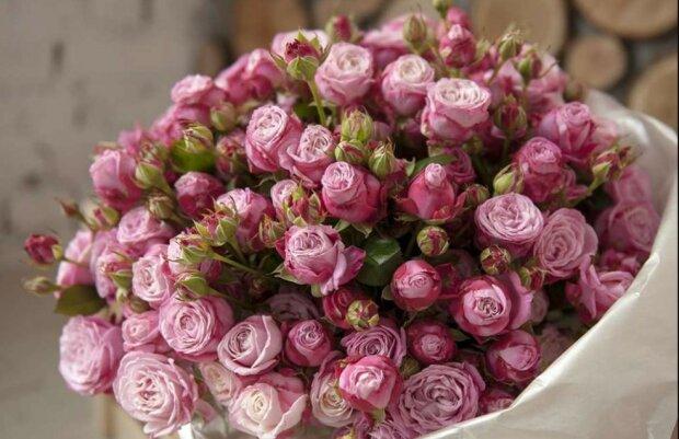 Цветы в шляпных коробках: изысканный подарок любимым