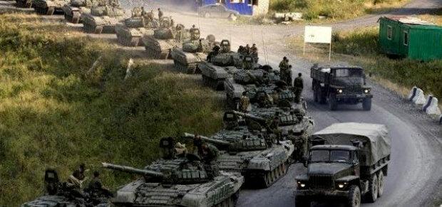 Готовится страшное: колонна российской военной техники пересекла украинскую границу