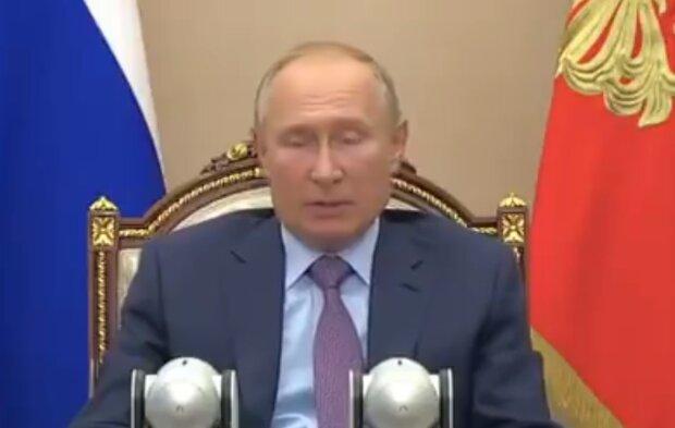 """Путин разозлил россиян """"проукраинским"""" решением: """"А подачу воды в Крым начали?"""""""