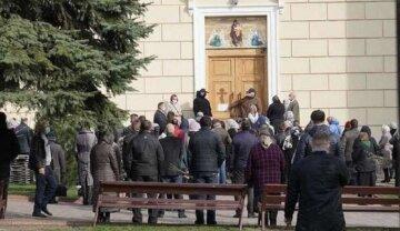Одесситов предупредили, как пройдет Пасха в красной зоне: онлайн-богослужения и не только