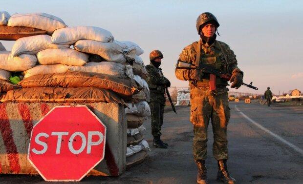 Чонгар пункт пропуска Крым военные