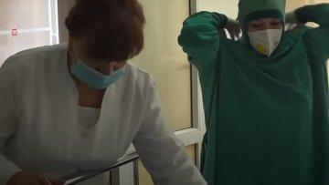 """Штамм """"Дельта"""" поразил 8-летнюю украинку: врачи сделали все возможное, детали"""