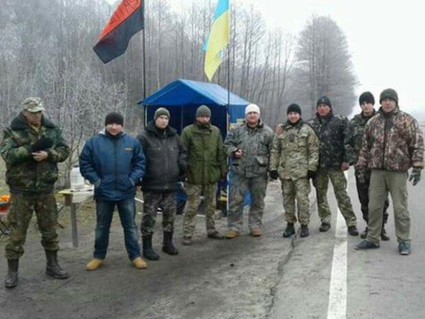 Штурм блокады Донбасса: как «титушкам» помогла полиция