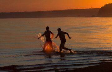 Целительное озеро обнаружили в Украине: после купания можно забыть об аптеках