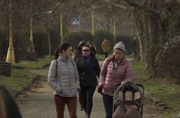 """В Україну нагряне потепління, синоптик назвала дати аномальної """"спеки"""": """"Буде до +10"""""""