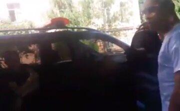 Охоронці приватної фірми викрали людину в Одесі: що їх чекає