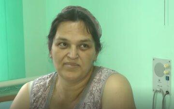 """""""Вічно вагітна"""": 42-річна українка народила 18-ту дитину, вразивши навіть лікарів, унікальні кадри"""