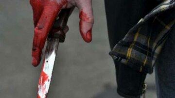 кровь нож