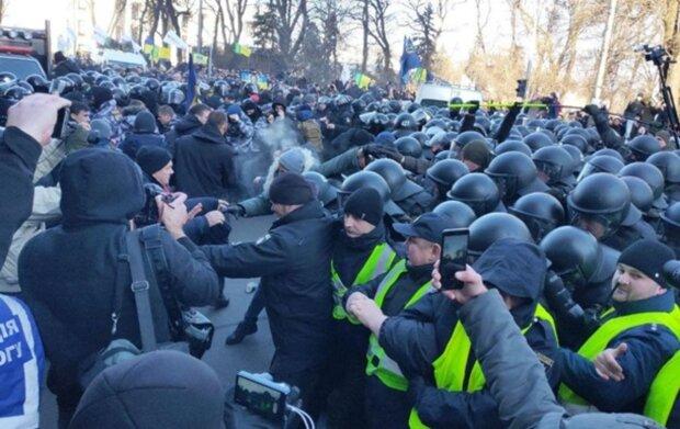 """Бунт под Радой только начало, Киев ждет настоящая встряска: """"как только Зеленский уедет..."""""""