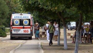 """Детей массово привезли в больницу под Одессой: """"все ходили в один детсад"""""""