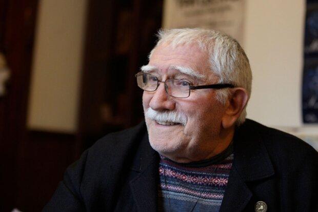 Легендарный актер объяснил цензуру в российских театрах