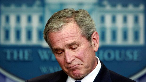 Буш призвал Трампа к ответу за связи «не с тем парнем»
