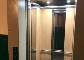 """Жителі Дніпра громлять нові ліфти: """"заради економії"""""""