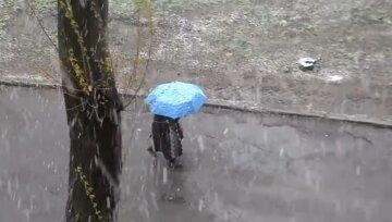 """Оттепель с дождями и снегом не отступает, в каких областях ждать погодного удара: """"До +11..."""""""