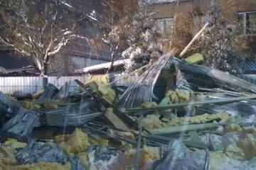 ЧП в Харькове: на людей обрушилась недостроенная конструкция, есть пострадавшие, фото, видео
