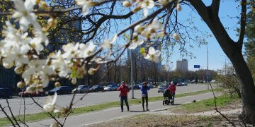 весна люди погода