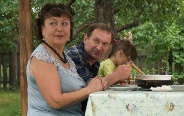 """66-летняя Валюха из """"Сватов"""" изменилась до неузнаваемости, зрители не верят своим глазам: """"Образ серьезной дамы"""""""