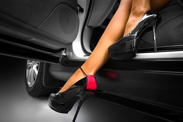женщина водитель автомобиль автоледи