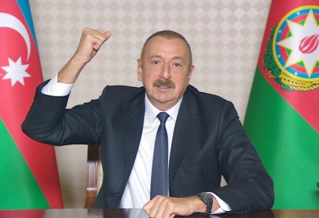 """Президент Азербайджана сравнил армянскую армию с крысами: """"Лезут в норы сразу, как только услышат..."""""""