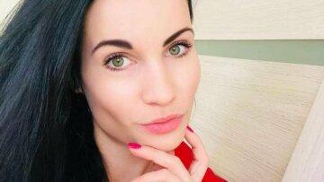 """Учасниця конкурсу """"Міс Україна"""" судитиме футбольний матч: карколомні фото"""