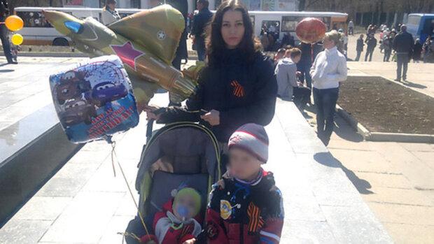 Малюків кинули в аеропорту, вагітна мати назвала їх прийомними: історія сколихнула всю країну