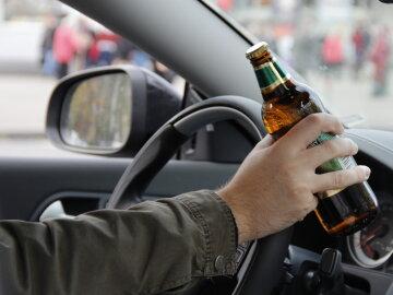 Патрульного отстранили из-за остановки машины пьяной шишки из МВД
