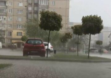 Стихія накриє Україну, погода буде зовсім не літньою: коли чекати похолодання