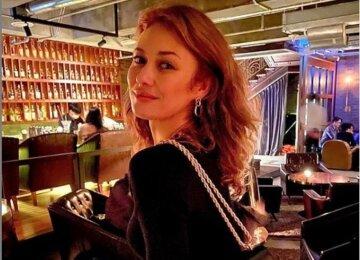 """40-річна українська дівчина Бонда натягнула латексний костюм, приголомшивши фігурою: """"Жінка-кішка"""""""