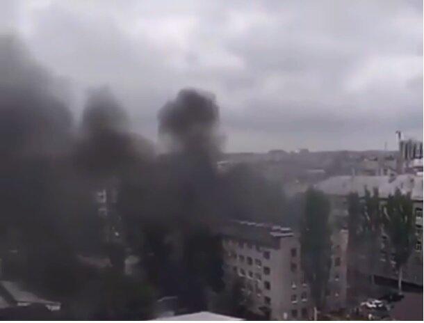 Мощный взрыв прогремел в центре Донецка, в городе переполох: первые кадры и данные о жертвах