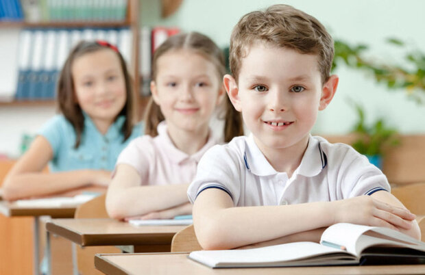 """Першокласників будуть відбирати в школу за допомогою """"лотерейних квитків"""""""