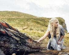 У актрисы Игры престолов появится свой личный дракон
