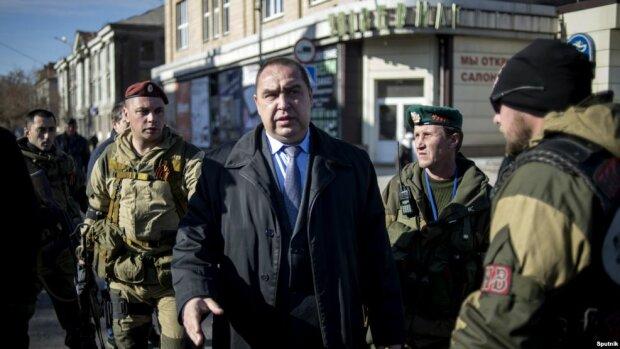 Телетайп: Протесты против Порошенко, а сбежал Плотницкий