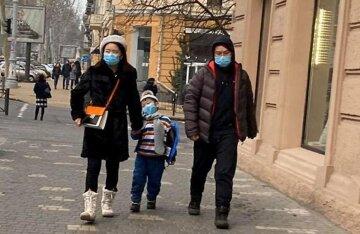 Атака китайского короновируса: в Одессе ввели экстренные меры, кадры