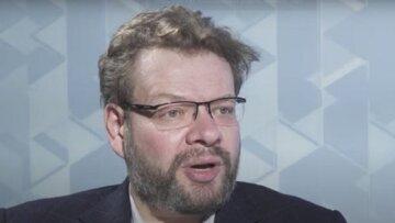 Диджиталізація України створює ризик торгівлі даними з електронної бази, - Чернишов