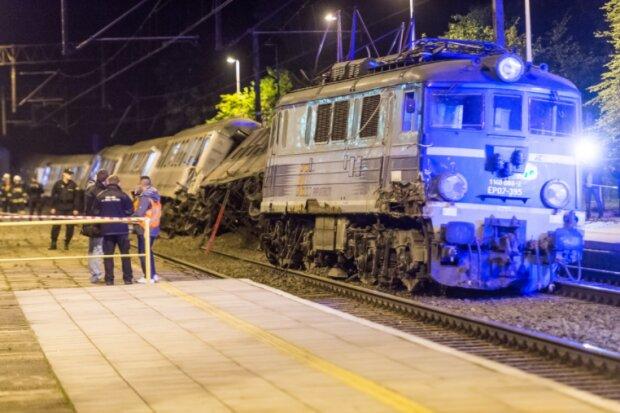 У Польщі зіткнулися потяги: є постраждалі (фото)