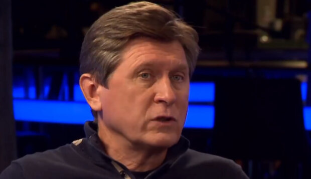 """Фесенко объяснил, что стоит за вопросами Зеленского к украинцам в день выборов: """"это часть плана по..."""""""