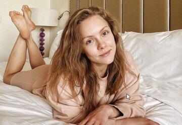 """Шоптенко з """"Танців з зірками"""" заворожила кадрами перевтілення у ванній: """"головне - не перестаратися"""""""