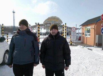 Обращались, как с преступниками: освобожденные украинцы рассказали о жизни в заточении в РФ