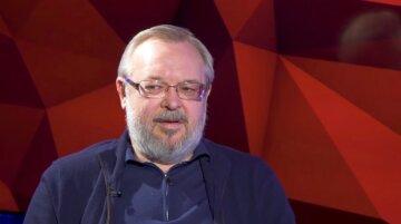 Ермолаев рассказал, как вывести чиновников на новый уровень образованности и профессионализма