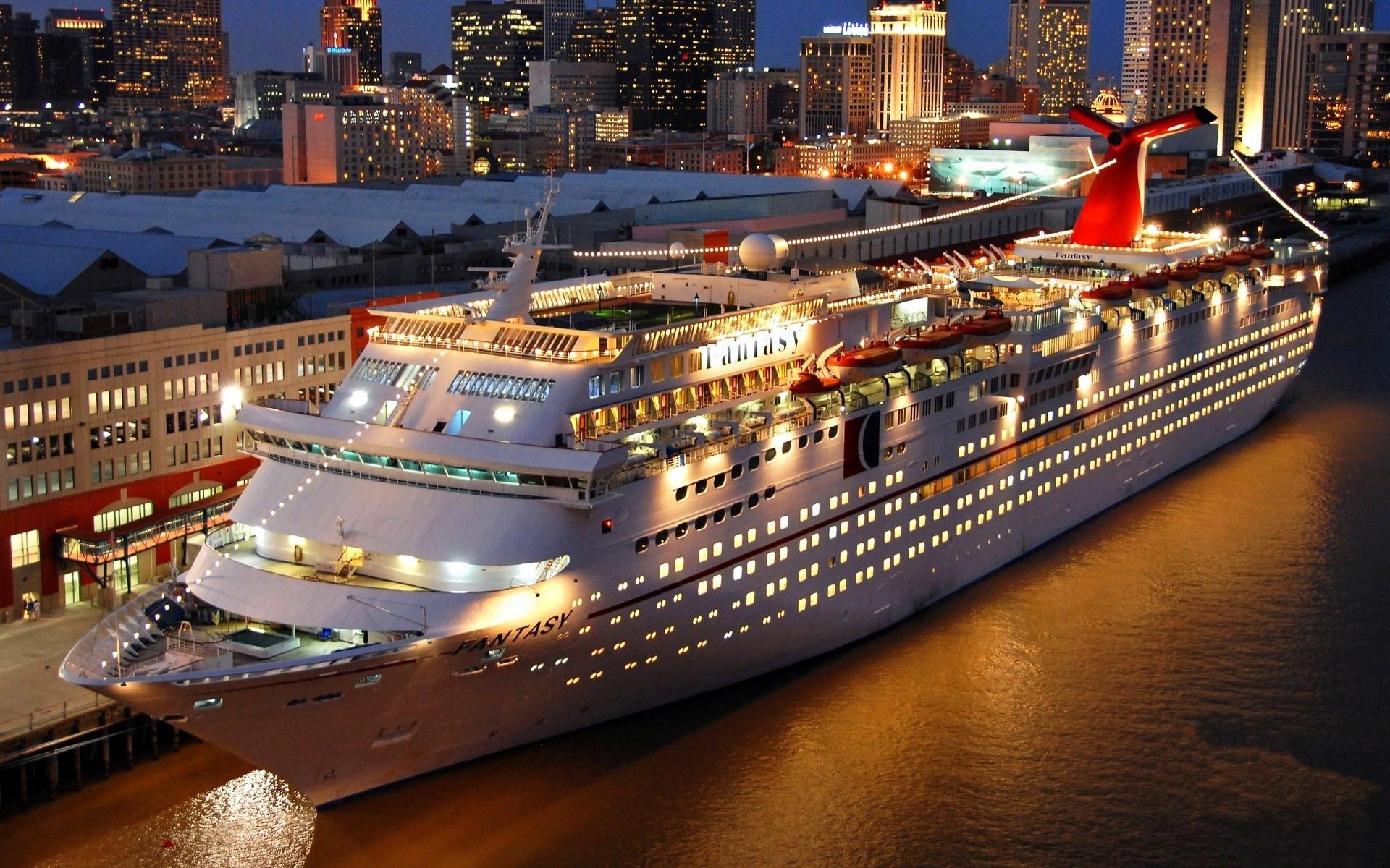 новогодней фотосессии фото круизного лайнера пару минут