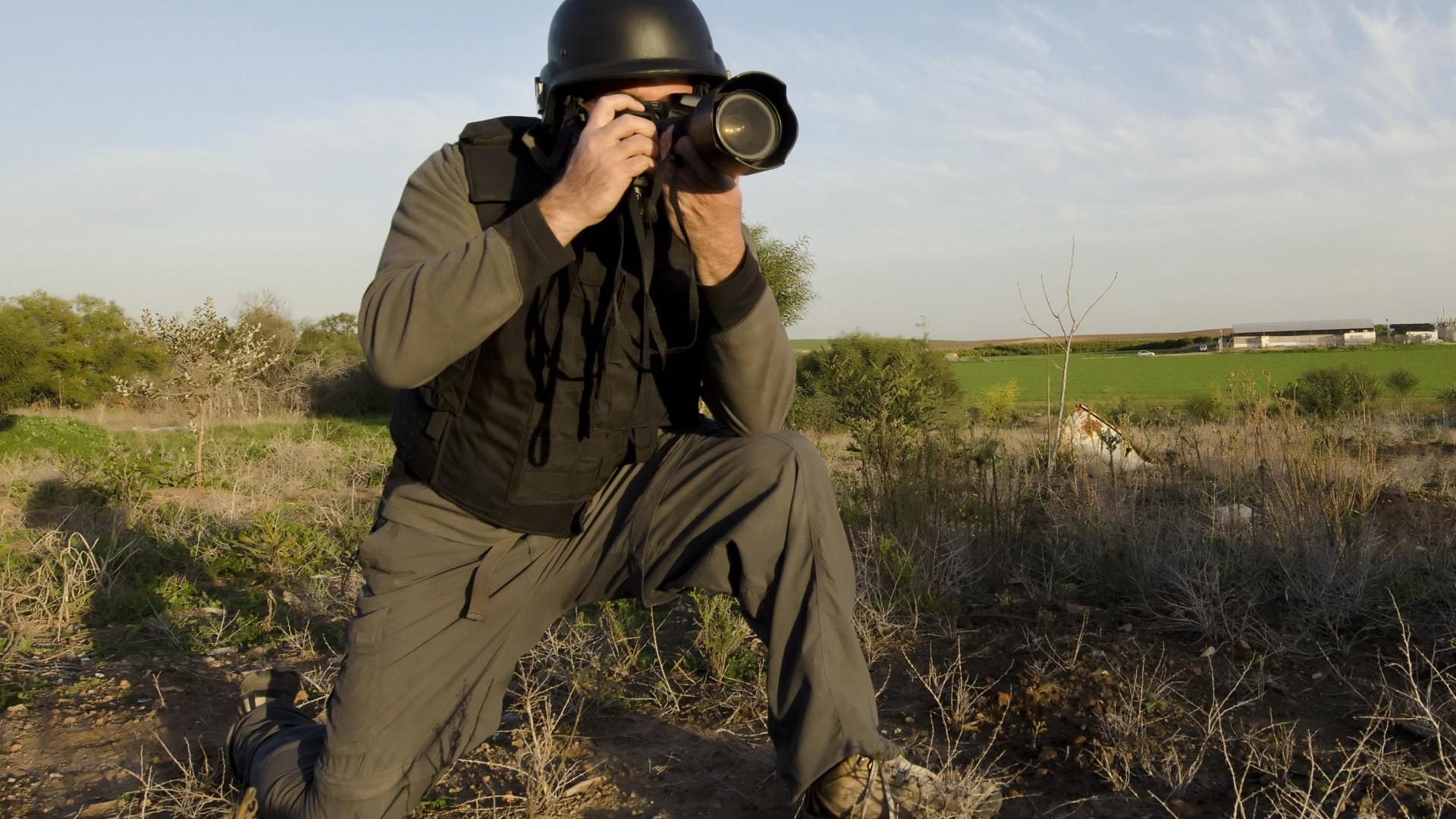 роль военных фоторепортеров покупке рождественской