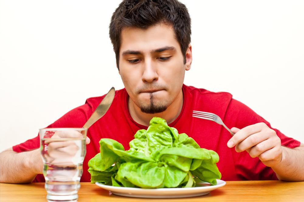 Мужчина на голодной диете