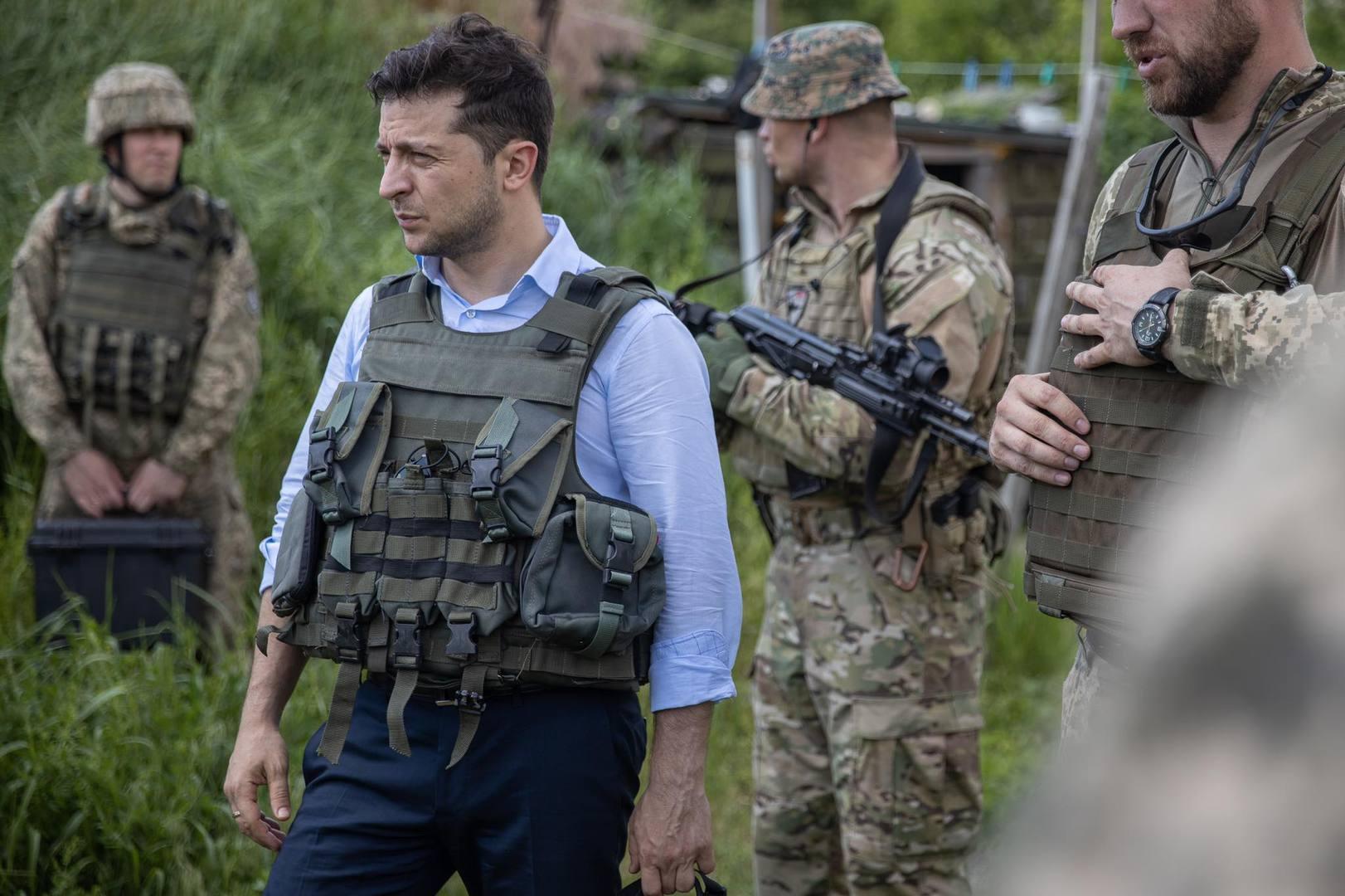 Зеленский готовит почву для отказа от Минских договоренностей