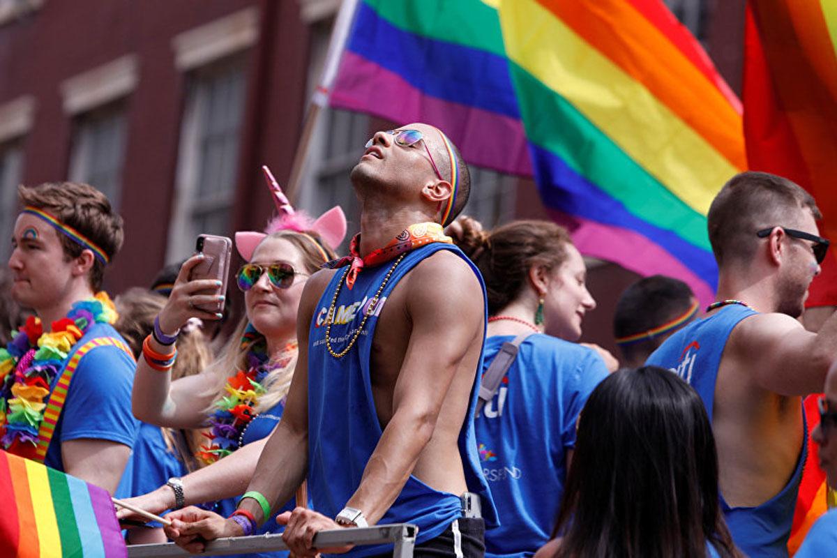 Photos of gay pride sitges